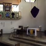 Altarraum mit Orgel